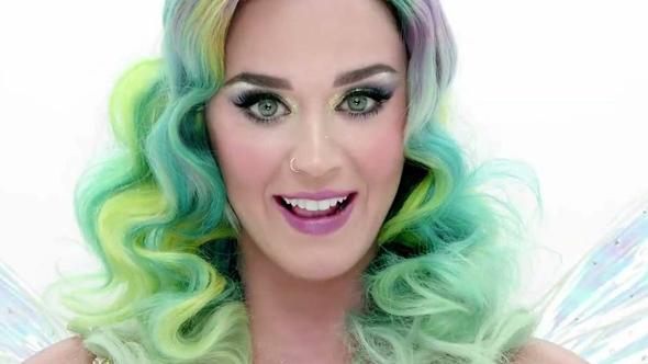 Hussey_H&M_Katy_Perry_Web_Thumb