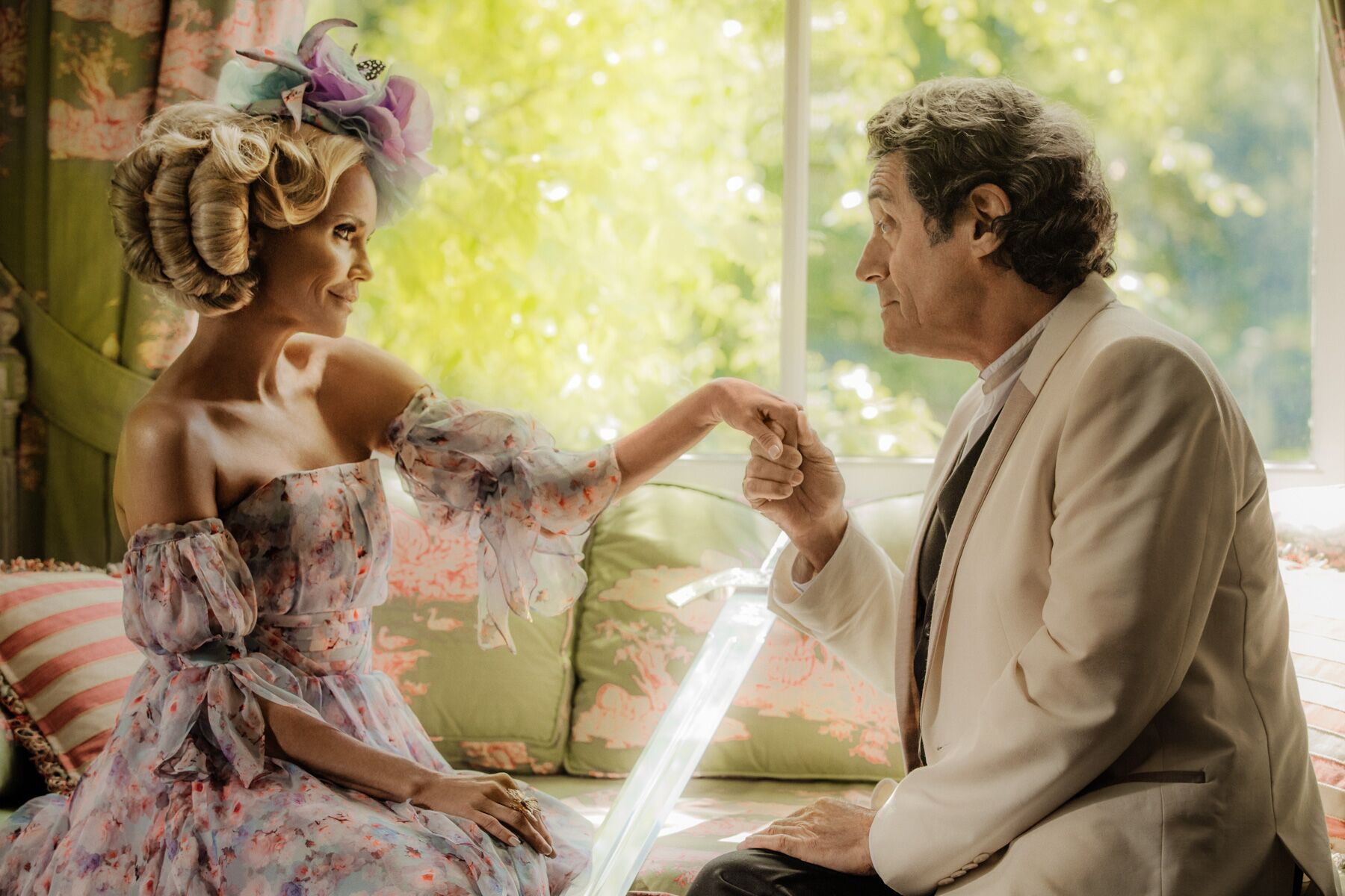 Kristin Chenoweth (Easter), Ian McShane (Mr. Wednesday)